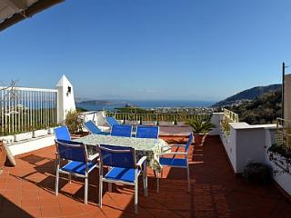 Cozy 3 bedroom Ischia House with Television - Ischia vacation rentals