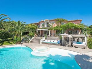 Saint-Tropez Superb Vacation Rental with a Pool and Garden - Saint-Tropez vacation rentals