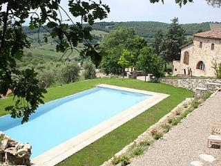 Cozy House with Deck and Internet Access - Castellina In Chianti vacation rentals