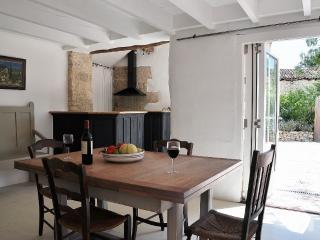Gorgeous 3 bedroom Cottage in Fleurance - Fleurance vacation rentals