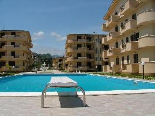 2 bedroom Apartment with Internet Access in Marina di Gioiosa Ionica - Marina di Gioiosa Ionica vacation rentals