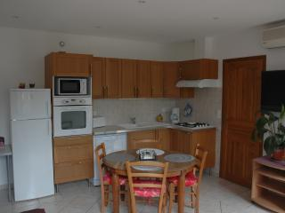 Nice 1 bedroom Castagniers Condo with Internet Access - Castagniers vacation rentals