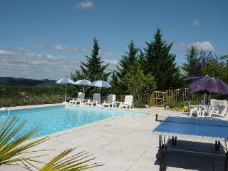 Comfortable Gite with Internet Access and Satellite Or Cable TV - Valroufie vacation rentals