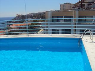 ONE BEDROOM APARTMENT WITH POOL IN LIDO - Funchal vacation rentals