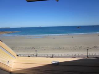 Nice Condo with Internet Access and Wireless Internet - Perros-Guirec vacation rentals