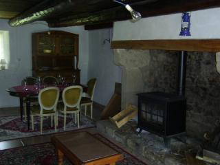 Charming Farmhouse Barn with Iron and Television in Aix-la-Fayette - Aix-la-Fayette vacation rentals