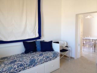 Bright 2 bedroom Ortona House with Internet Access - Ortona vacation rentals