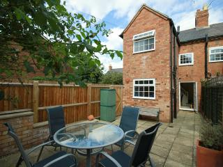 Stratford Upon Avon town centre cottage - Stratford-upon-Avon vacation rentals
