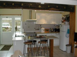 Lovely Bed and Breakfast with Internet Access and Satellite Or Cable TV - Servon vacation rentals