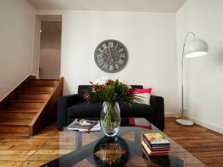 F2 48 M² POUR 4. 15 min Paris - Saint-Germain-en-Laye vacation rentals