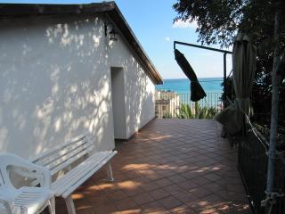 I Tre Alberi Carob Tree House - Giardini Naxos vacation rentals