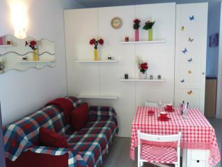 Studio apartment in Sirmione - Sirmione vacation rentals