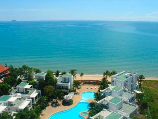 Crystal Beach Condo Rayong - Rayong vacation rentals