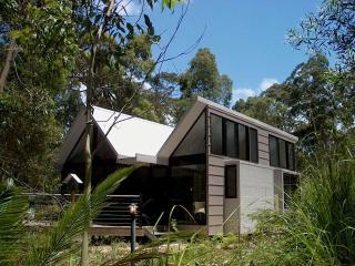 The Blue Bower - Batemans Bay vacation rentals