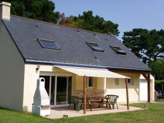 Nice Gite with Dishwasher and Kettle - Groix vacation rentals