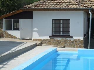 Perfect 3 bedroom Villa in Rousse - Rousse vacation rentals