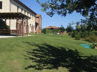 Casa Terenzia C - Foiano Della Chiana vacation rentals