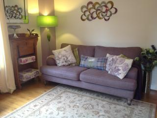 Holyroodhouse Palace Apartment - Edinburgh vacation rentals