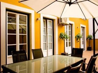 InSuitesII ChiadoDeluxeTerrace - Lisbon vacation rentals