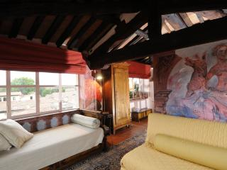 Cozy Lucca Studio rental with Internet Access - Lucca vacation rentals