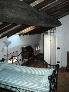 Nice Condo with Internet Access and Stove - Modena vacation rentals