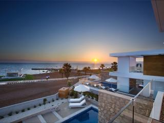 Pafos Elite Sea front Villa & Pool heating - #PCS - Paphos vacation rentals