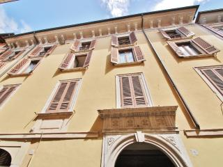 Spacious flat Salò Lake Garda - Salò vacation rentals