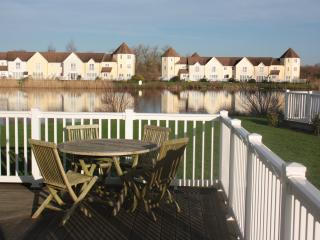 3 bedroom House with Internet Access in South Cerney - South Cerney vacation rentals
