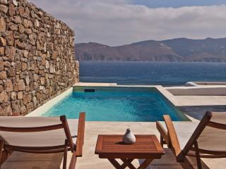 Mykonos Panormos 3 Bedroom Private Pool Villas - Panormos vacation rentals