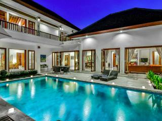 VILLA SHANTI - LUXURY 4 BEDROOM IN PRIME LOCATION - Seminyak vacation rentals