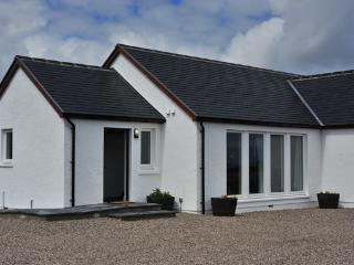 2 bedroom Cottage with Internet Access in Staffin - Staffin vacation rentals