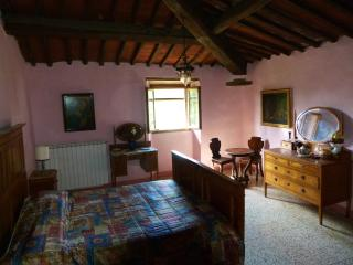 "B&B ""Alle Canicce"" - Borgo San Lorenzo vacation rentals"