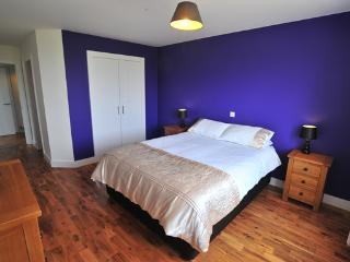 Nice Cottage with Internet Access and Kettle - Staffin vacation rentals