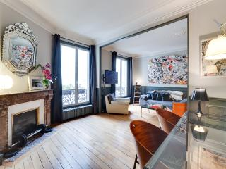 Beautiful apt/Montmartre Opera - Paris vacation rentals
