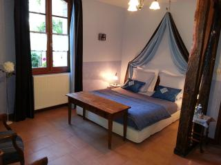 Nice B&B with Internet Access and Linens Provided - Poitiers vacation rentals