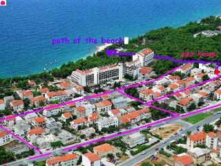 Rooms No.1 & Room No.2 with mini kitchen + balcony - Makarska vacation rentals
