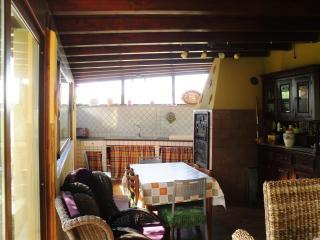 Cozy 2 bedroom Villa in Campofelice di Roccella - Campofelice di Roccella vacation rentals