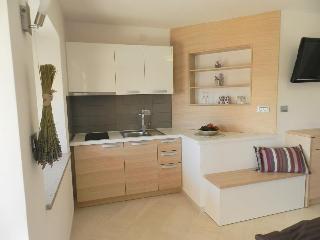 Comfortable 4 bedroom Sezana House with Internet Access - Sezana vacation rentals
