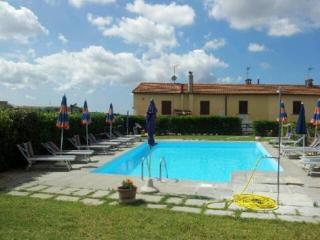 Garden apartment in Tuscan village - Santa Luce vacation rentals