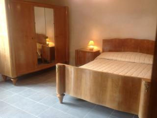 L'Huilerie - Courdemanche vacation rentals