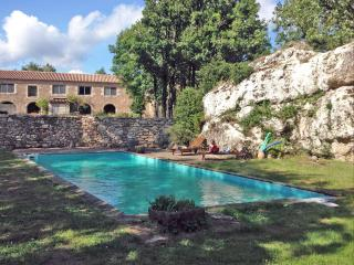 Bright 2 bedroom Bed and Breakfast in Le Cros with Internet Access - Le Cros vacation rentals