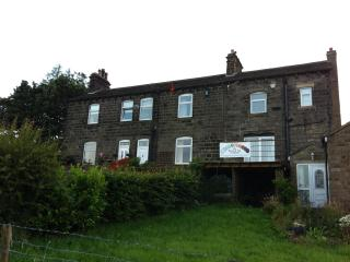 2 bedroom Cottage with Internet Access in Oxenhope - Oxenhope vacation rentals