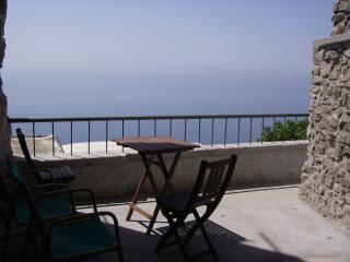 1 bedroom House with A/C in Montepertuso - Montepertuso vacation rentals