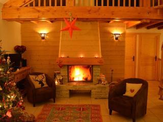 Bright 4 bedroom Chalet in Vaujany with Dishwasher - Vaujany vacation rentals