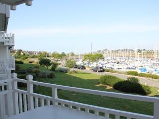 Appt 102  Rédsidence CAP OCEAN - Arzon vacation rentals