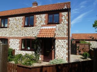 Nice Cottage with Internet Access and DVD Player - Thornham vacation rentals
