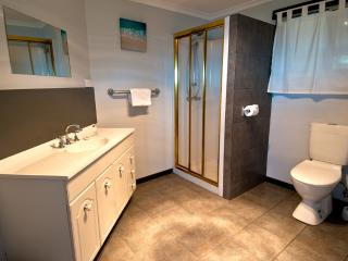 Cozy 3 bedroom House in Bruny Island with Television - Bruny Island vacation rentals