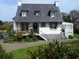 Cozy 3 bedroom House in Trébeurden - Trébeurden vacation rentals