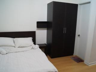 Cozy Condo with Internet Access and Parking Space - Makati vacation rentals