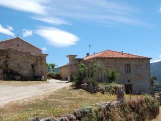 Lovely 5 bedroom Cottage in Serra da Estrela with Wireless Internet - Serra da Estrela vacation rentals